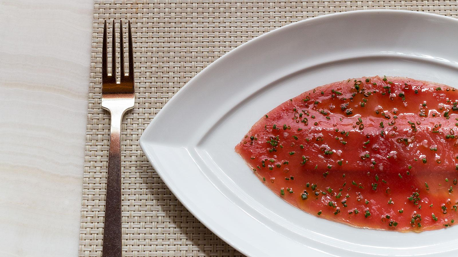 Pounded yellowfin tuna with foie gras