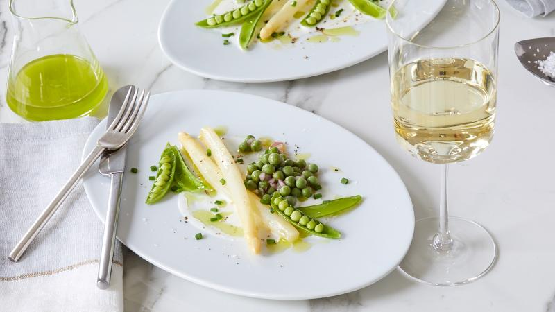 White Asparagus with Sauvignon Blanc